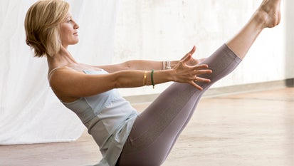 7 yoga poses for your chakras  yoga sequence to open your