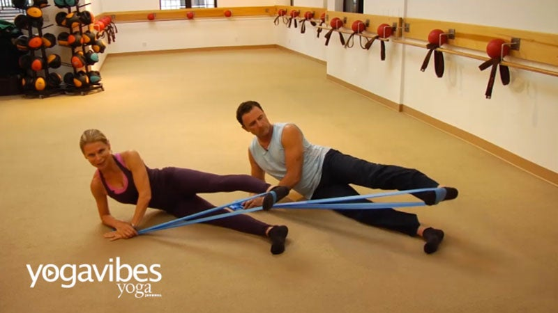 A Sequence to Stretch + Strengthen Outer Thighs and Hips