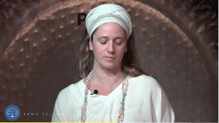 A Kundalini Meditation for Staying Grounded