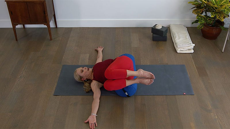 Iyengar 101: Stomach-Turning Pose (aka Can't-Fail Core Work)