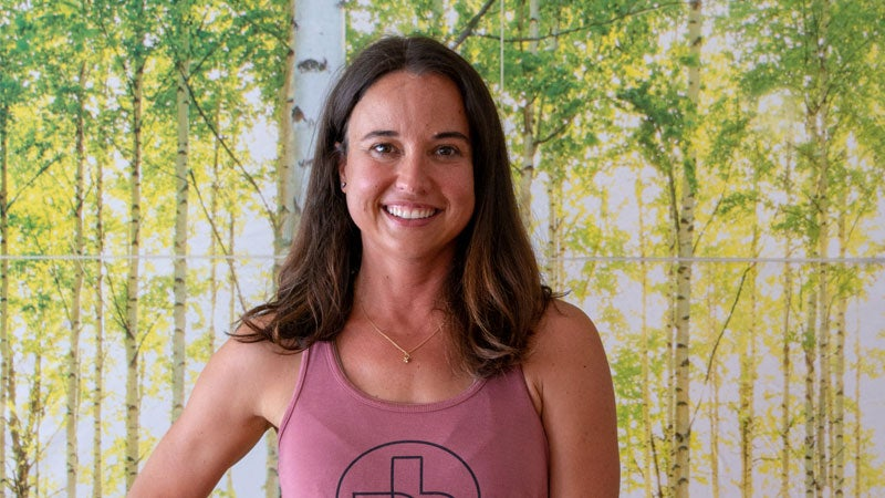 Live Be Yoga: 5 Poses That Introduce Traditional Chinese Medicine to Your Practice