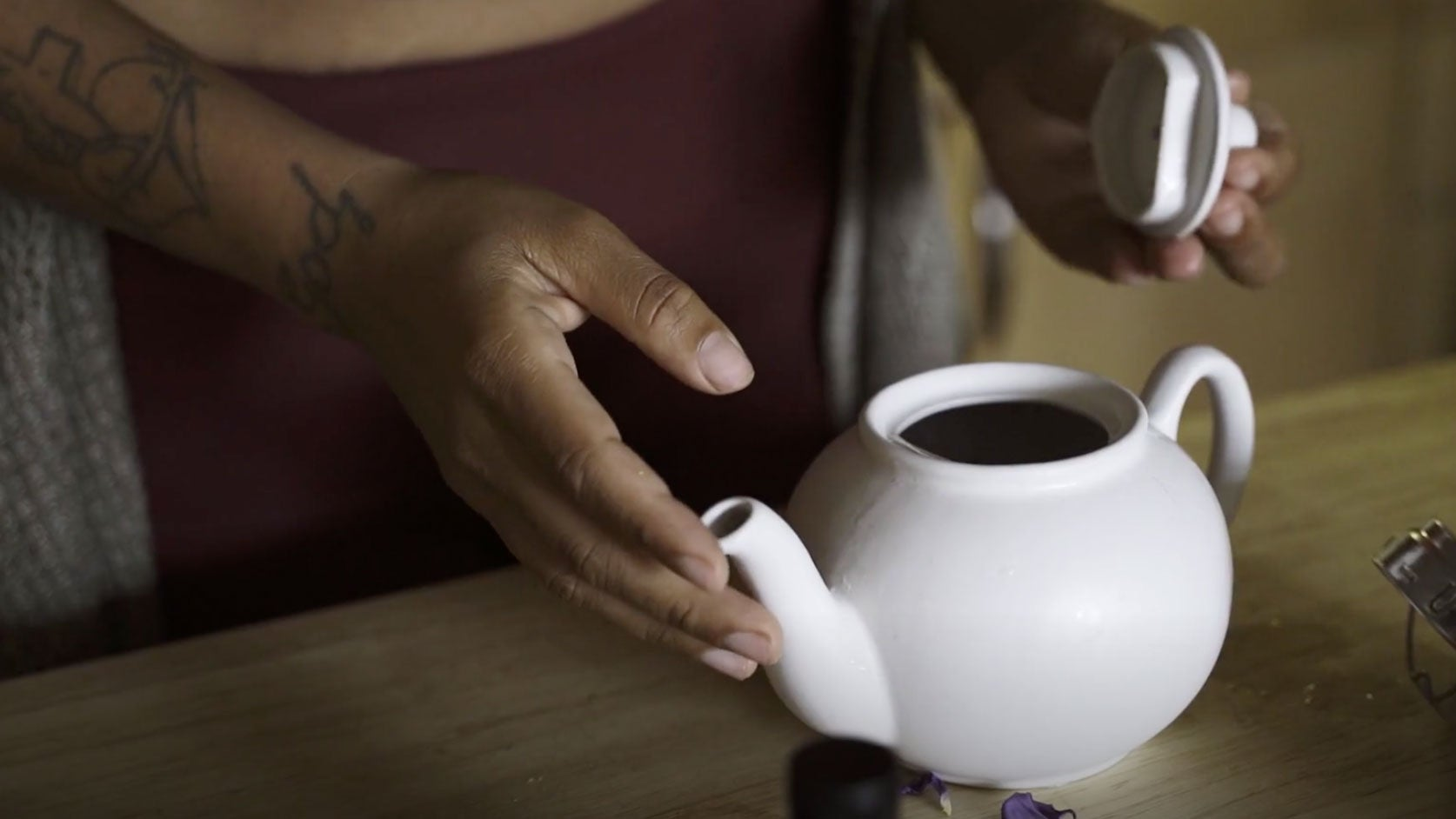 A Tea Ritual to Wind Down Your Day